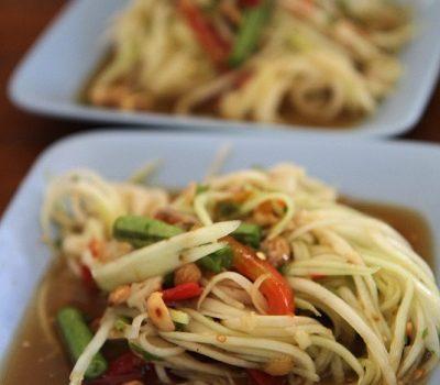 [泰國旅行.絢麗水燈節] 擺鎮.無敵美味的泰北小吃.Somtam na Amphoe ส้มตำหน้าอำเภอปาย