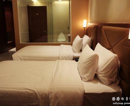 [泰國旅行.絢麗水燈節] 曼谷住宿推薦.The Grand Four Wings Convention Hotel