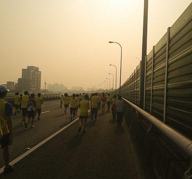 奔跑吧!第二次路跑。2013 國道馬拉松
