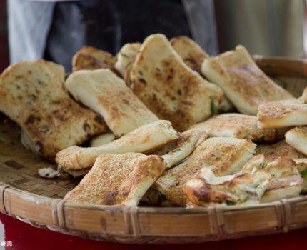 宜蘭。一吃愛上,簡單好味道。五結碳烤燒餅店