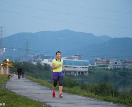 [2014 Nike女生路跑] 半馬訓練筆記。訓練肌耐力