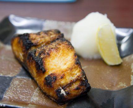 [富士五湖+東京] 東京。到築地市場吃早餐。高橋的魚料理